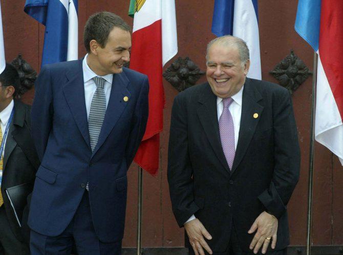 O Ex-Presidente Zapatero com o Ex-Secretário-Geral Ibero-Americano, Enrique V. Iglesias.