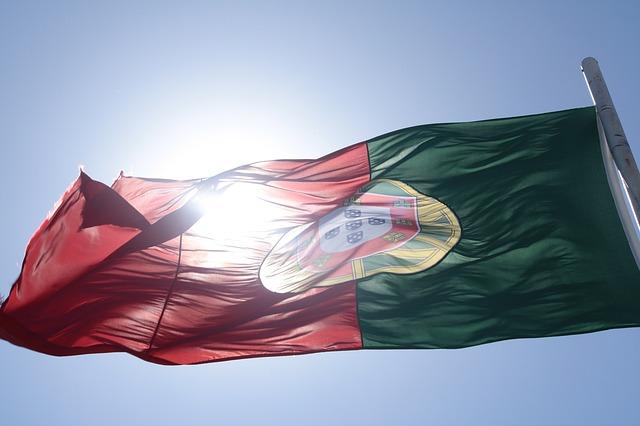 portugal-401301_640